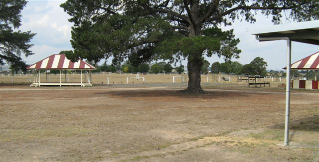 Clunes show grounds